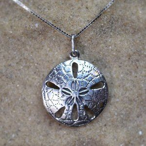Jewelry - Sterling Silver Sand Dollar Beach Necklace